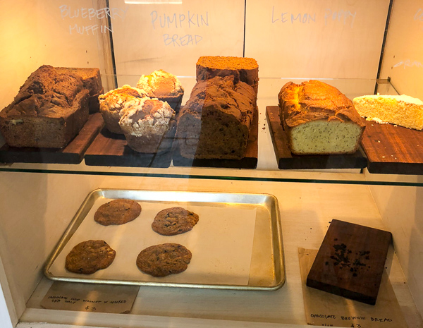 gluten-free-baked-goods-in-window