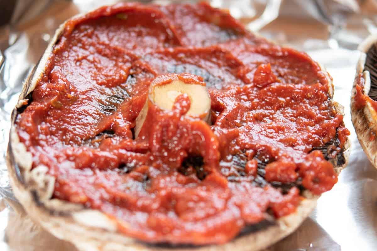 portabella mushroom with marinara sauce
